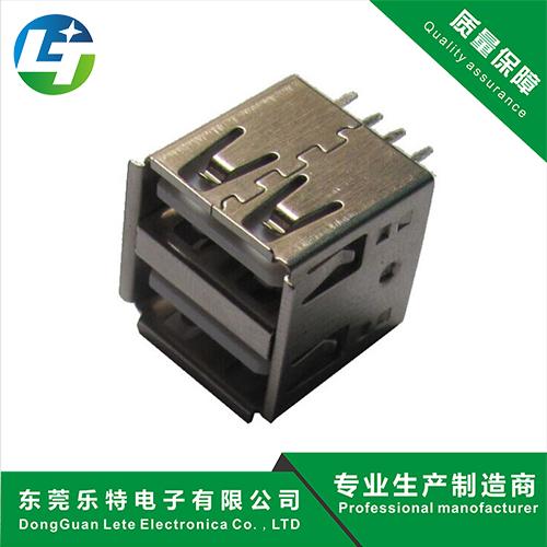 雙層(ceng)USB母(mu)座